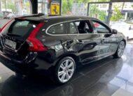 Volvo V60 T6 AWD Momentum
